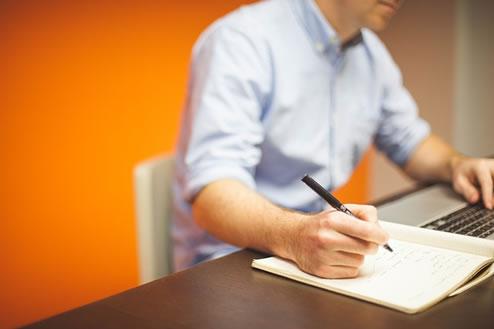 Cómo montar tu negocio sin riesgos antes de renunciar a tu trabajo